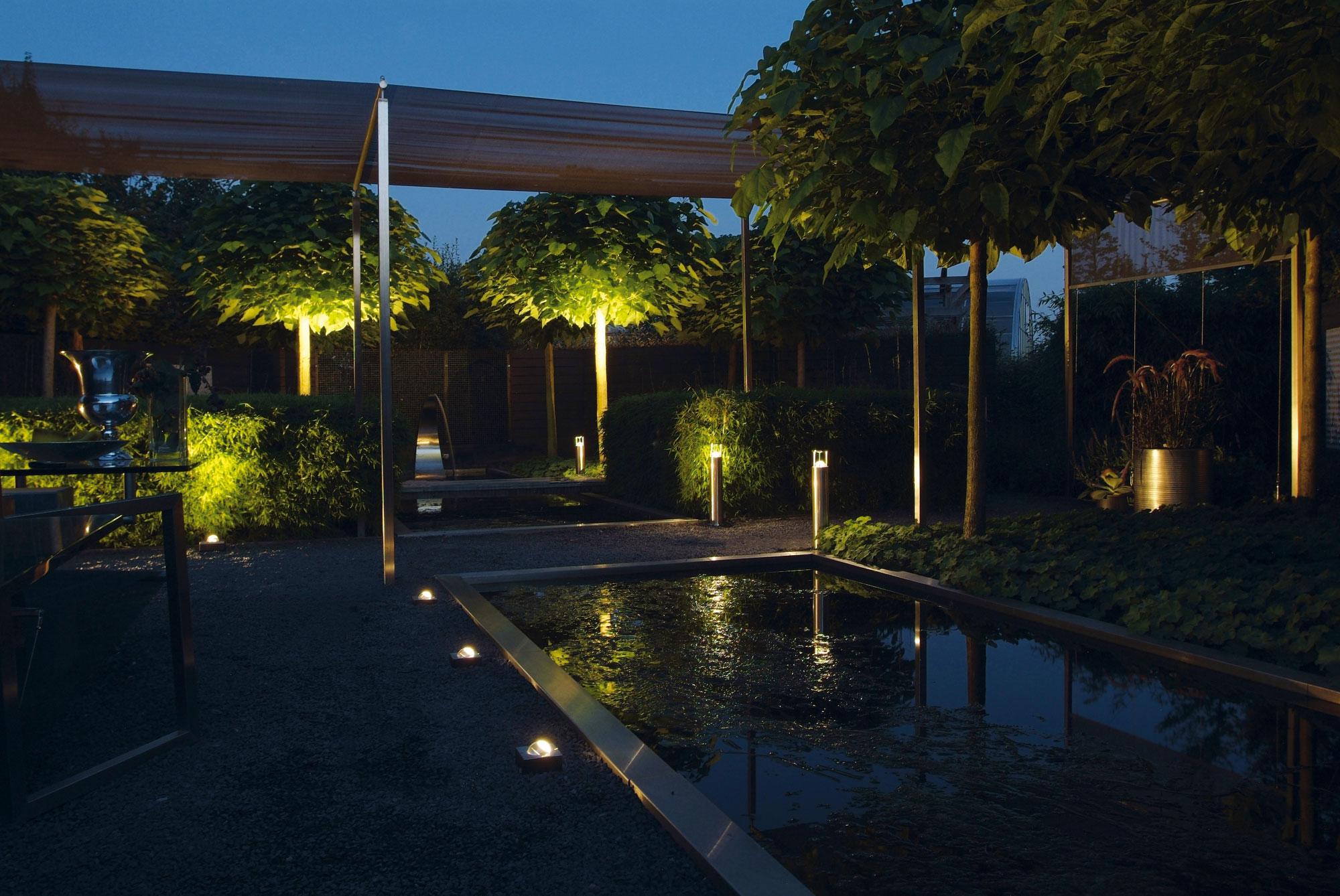 Tuinverlichting livingstone goes livingstoneweg 2 goes - Iluminacion led para jardin ...